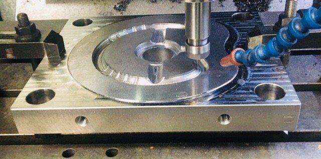 Manutenção em moldes