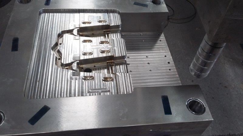 Molde para injeção de aluminio