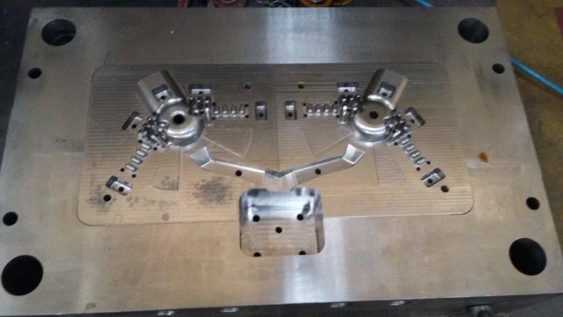 Molde de injeção sobre pressão em aluminio
