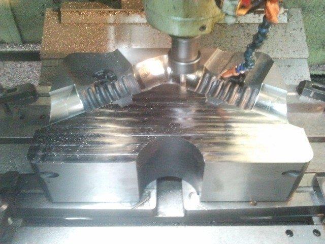Confecção de moldes alumínio