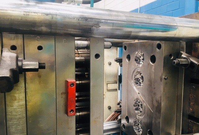 Confecção de moldes de injeção