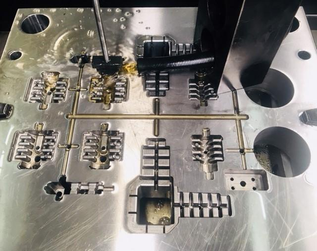 Empresa de ferramentaria de moldes