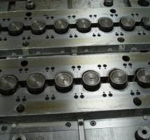 Moldes de injeção de plastico a venda